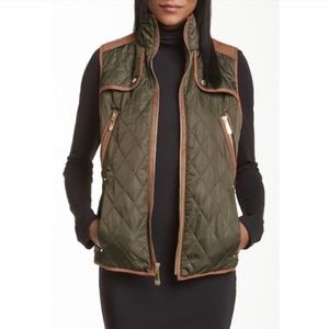NWOT Vince Camuto quilted Barn vest
